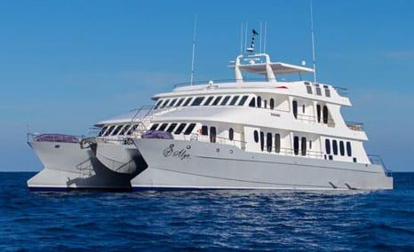 Alya Motor Catamaran - Galapagos Luxury Cruises